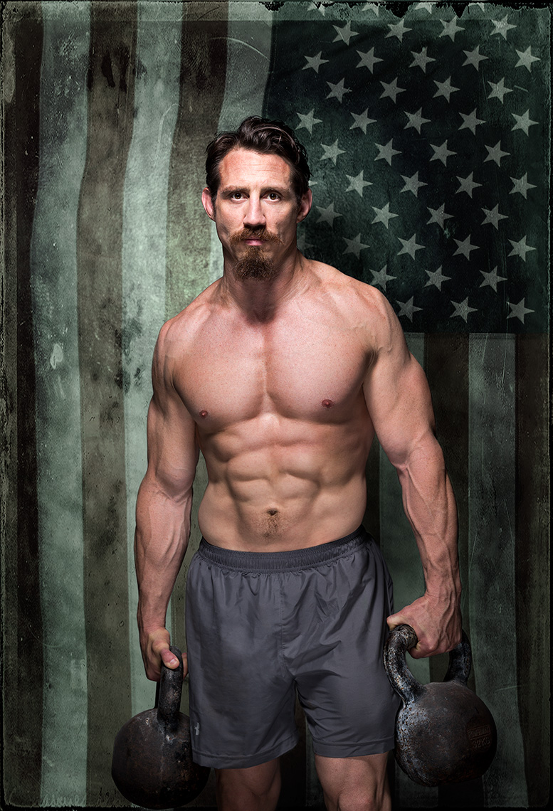 Muscle & Performance: Tim Kennedy/July 2016